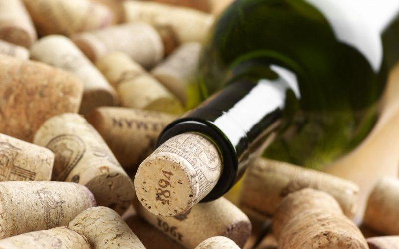 コルクとブショネ~天然コルクはワインの栓として最良なのか?~